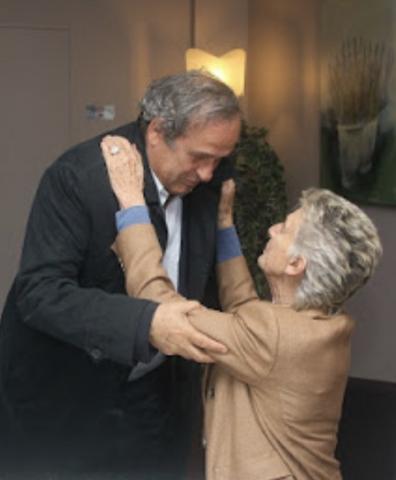Donna Allegra Agnelli, Presidente della Fondazione di Candiolo saluta Michel Platini, allenatore dei Campioni per la Ricerca
